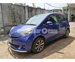 Toyota Ractis 2011 - Image 4/5