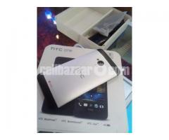 HTC One M7 2GB RAM NEW FULL BOX