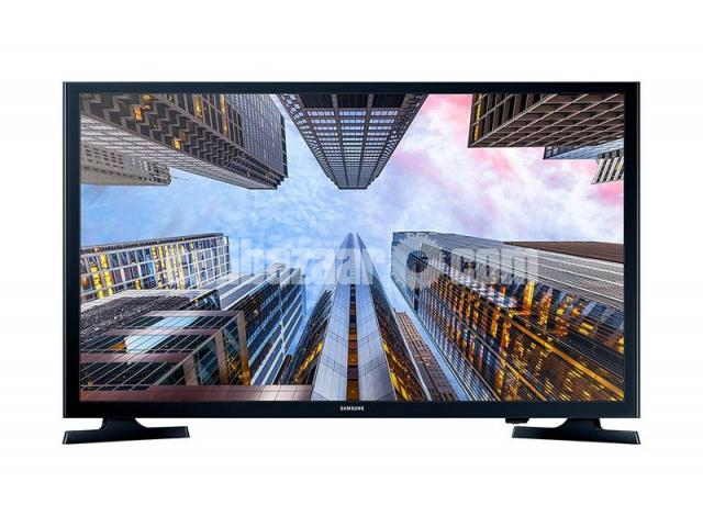 Samsung M5000 LED television has 40 inch screen - 2/5