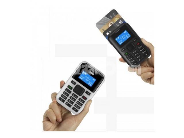 C8 Card Phone - 1/2
