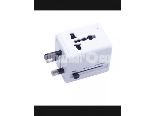 Universel Travel Adapter – White - 1/1
