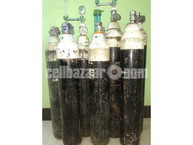 Medical Oxygen Cylinder Rent Sell At Home Delivery Setup - 1/3