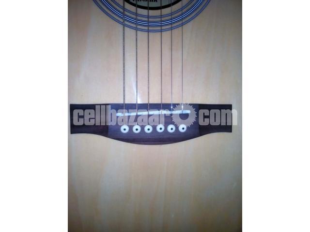 Acoustic Guitar (Yamaha) - 4/5