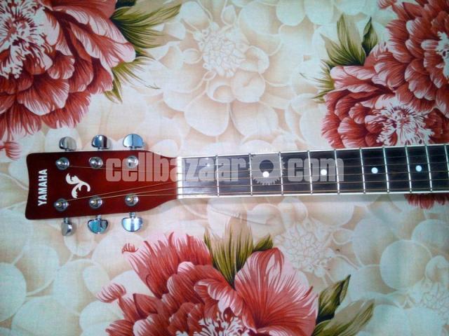Acoustic Guitar (Yamaha) - 5/5