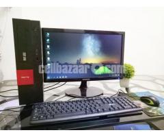 Intel Desktop core_i7 & 21'' LED Hp
