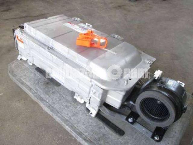 Toyota Aqua Hybrid Battery - 1/4