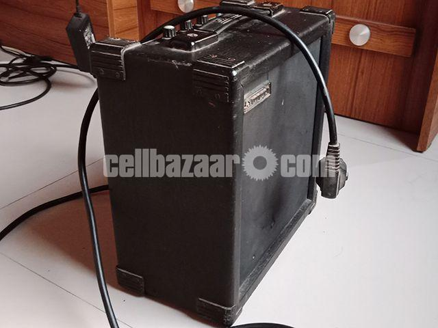 Guitar Combo Amplifier & Soundbox - 2/4