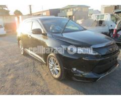 TOYOTA HARRIER BLACK u2