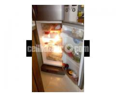 LG Refrigerator- 10 cft - Image 3/5