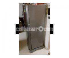 LG Refrigerator- 10 cft - Image 5/5