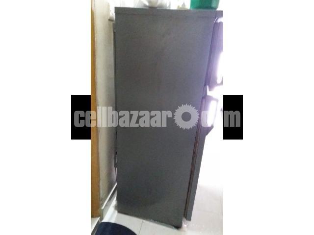 Italian IGNIS Refrigerator, 8.5 cft - 3/3