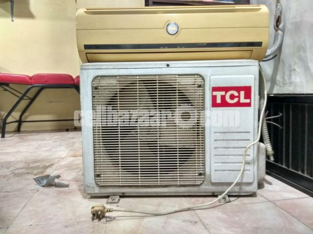 Used A/C for sale - 4/4