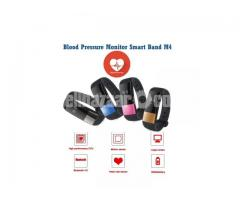 Blood Pressure Monitoring Smart Watch M4 - Image 1/5