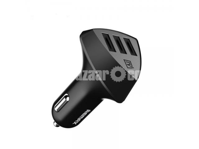 Remax RCC-304 (4.2A) Aliens 3 USB Port Car Charger - 1/5