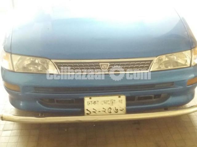 Toyota 100 LX Ltd - 2/5