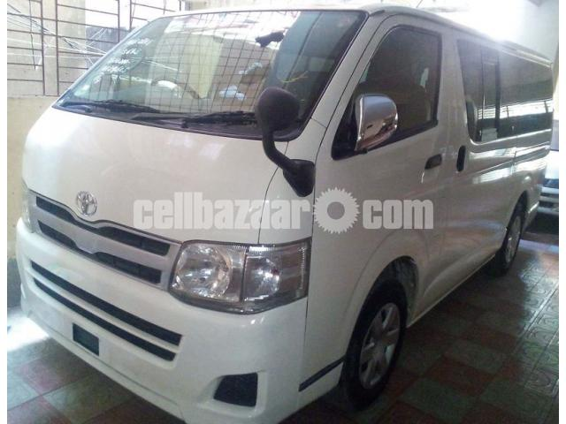 HIACE GL WHITE COLOR - 1/3