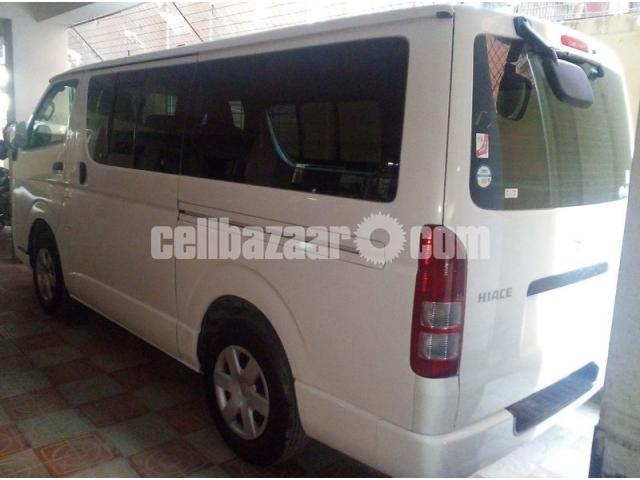 HIACE GL WHITE COLOR - 2/3