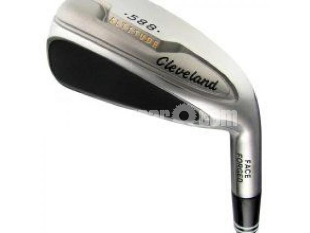 Used Cleveland Golf Set - 1/3