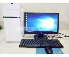 """Core_i7 Desktop_8Gb_1Tb_5Gb GfX_21"""" HD"""