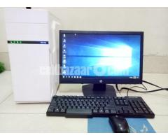 "Core_i7 Desktop_8Gb_1Tb_5Gb GfX_21"" HD - Image 1/4"