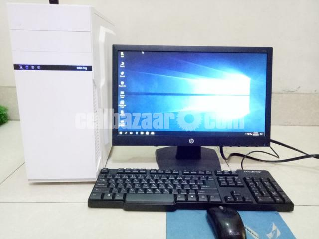 "Core_i7 Desktop_8Gb_1Tb_5Gb GfX_21"" HD - 2/4"