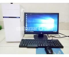 "Core_i7 Desktop_8Gb_1Tb_5Gb GfX_21"" HD - Image 2/4"
