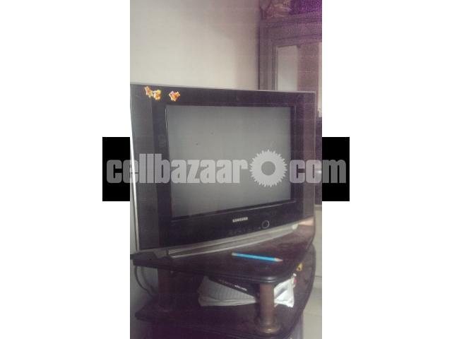 SAMSUNG 21 INCH TV - 2/2