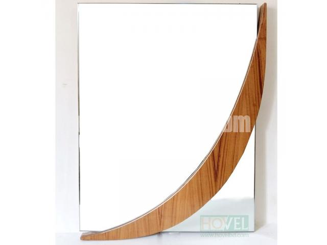 Moon Shape Mirror Frame - 1/2