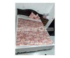 Queen bed (HATIL)