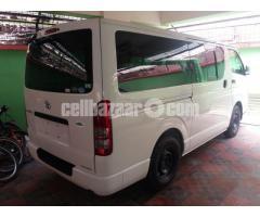 Toyota Hiace GL Pkg White Color - Image 2/3