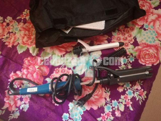 Hair straightener ( phillips HP 8698) - 1/2