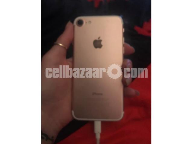 iPhone 7 - 2/3