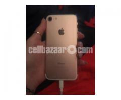 iPhone 7 - Image 2/3