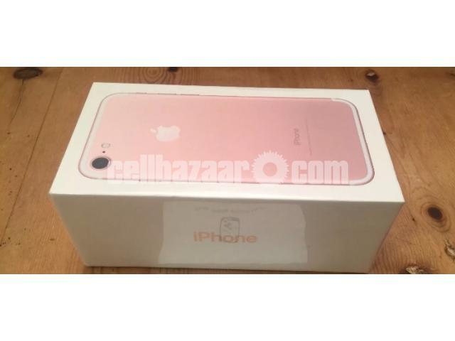 iPhone 7 - 3/3