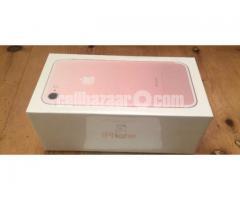 iPhone 7 - Image 3/3