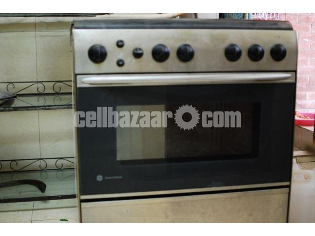 GE Gas Oven - 1/2