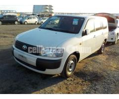 Toyota Probox White 2013 GL