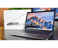 Apple Macbook Pro Late 2016 A1708 Intel Core i5 256GB SSD