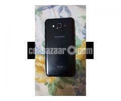 Samsung J7 (5)