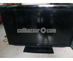 LG LCD TV 42 inch