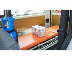 TRH200-0193012 ambulance new shape - Image 3/4