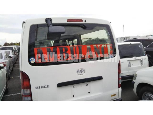 TRH200-0193012 ambulance new shape - 4/4