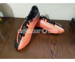 Football Boot/Shoe