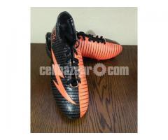 Football Boot/Shoe