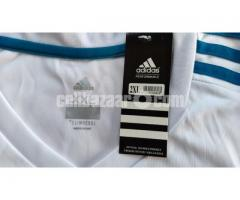 Real Madrid Home Jersey - Image 2/5