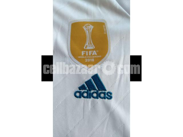 Real Madrid Home Jersey - 5/5