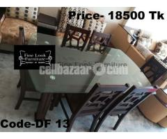 EXCLUSIVE DINING TABLE