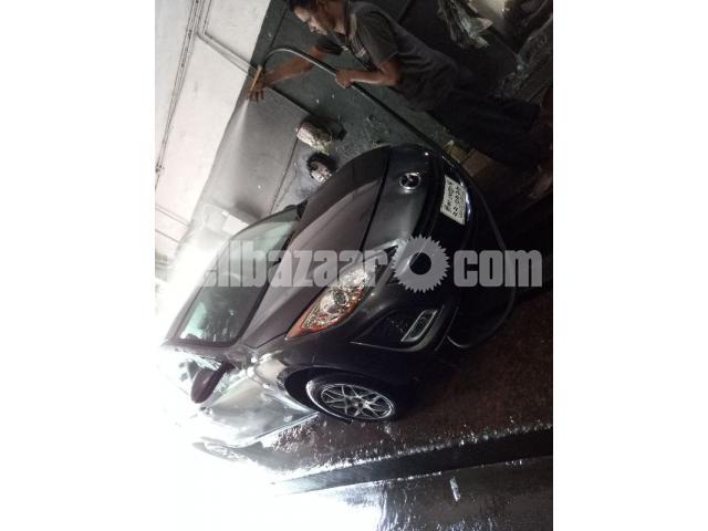 Mazda axela 2011 - 1/5