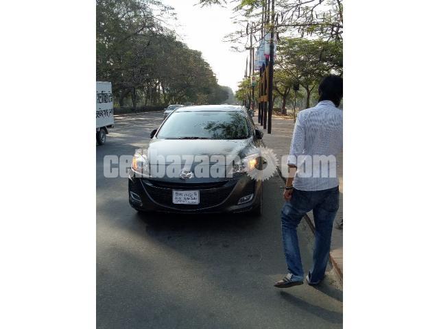 Mazda axela 2011 - 4/5