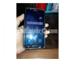 Samsung j7 phone for sale